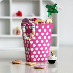 treat box pink spots party